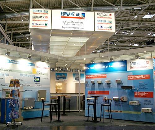 2005 Produktronika Messestand Deutronic 1 - Geschichte des Unternehmens