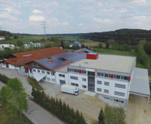 Deutronic Gebäude neu 300x245 - Firmengruppe Edwanz