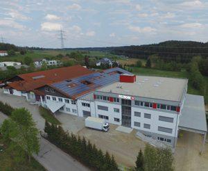 Deutronic Gebäude neu 300x246 - Firmengruppe Edwanz